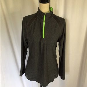 Gray and green thin quarter zip